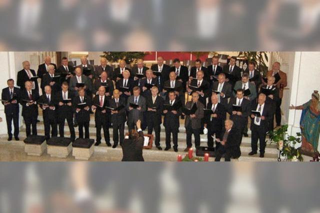Festliche Orgelmusik und stimmgewaltiger Chorgesang