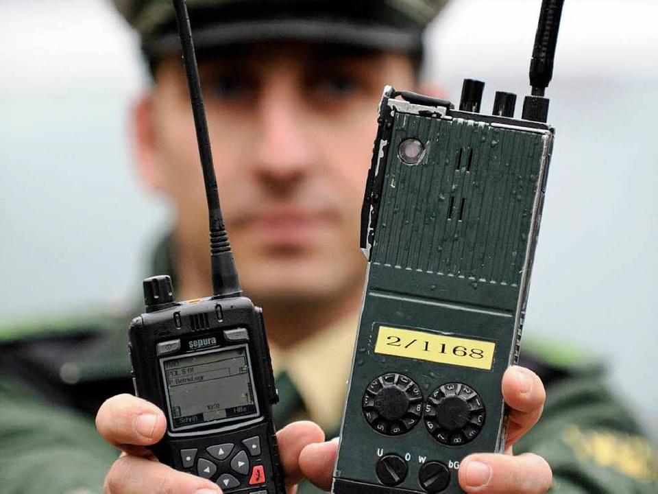 Mitte 2011 soll das baden-württembergische Funknetz   weitgehend stehen  | Foto: dpa