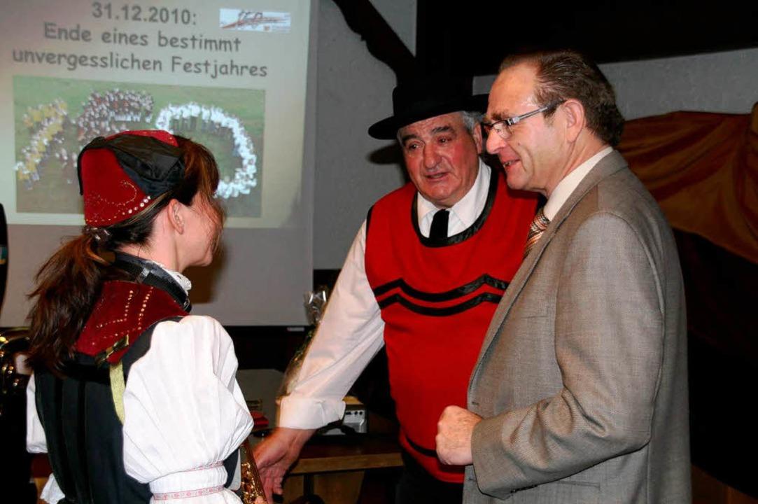 Am Neujahrsempfang war auch Alt-Bürger...r (rechts, mit Sepp Schlachter) dabei.  | Foto: Peter Schütz