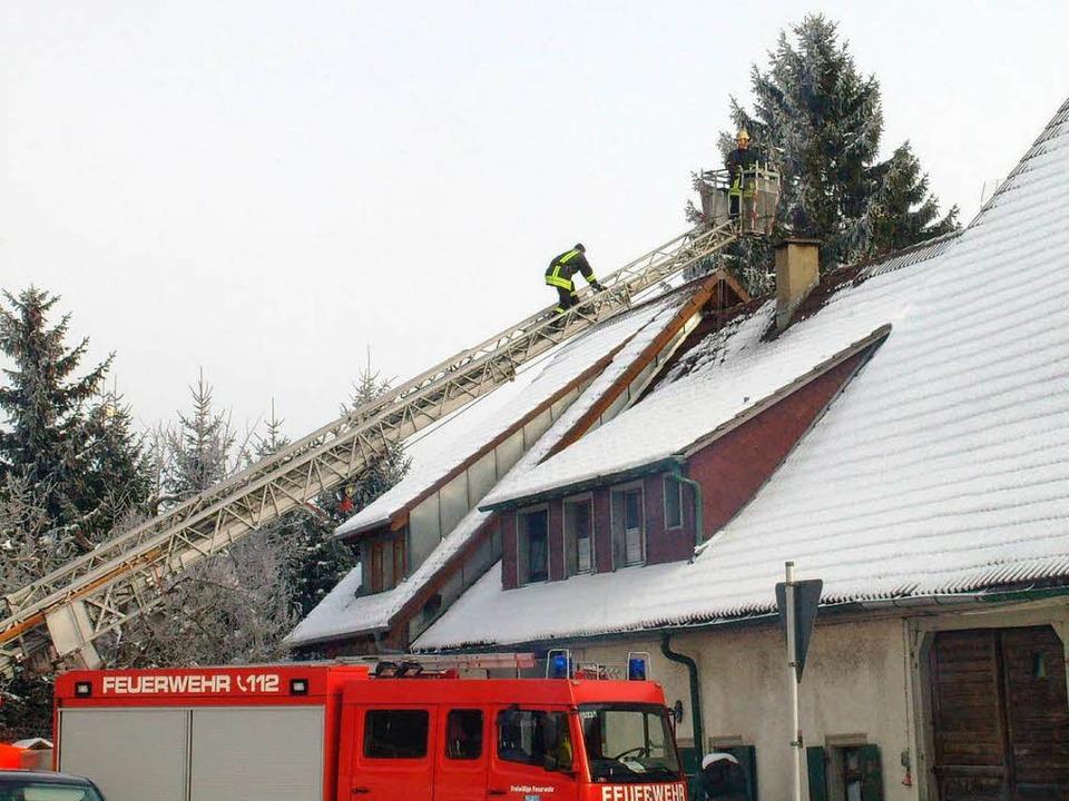 Am Dienstagnachmittag wurde die Feuerwehr noch zu einem Kaminbrand alarmiert.  | Foto: Konrad Benitz