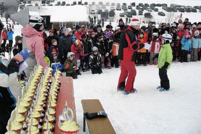 Viele Pokale am Schneeberg