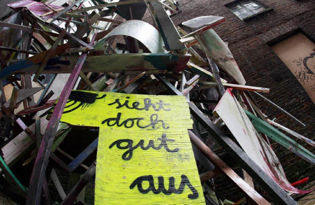 Künstler retten ein Stadtviertel vor d...otestplakat  im Hamburger Gängeviertel  | Foto: DPA/ DDP