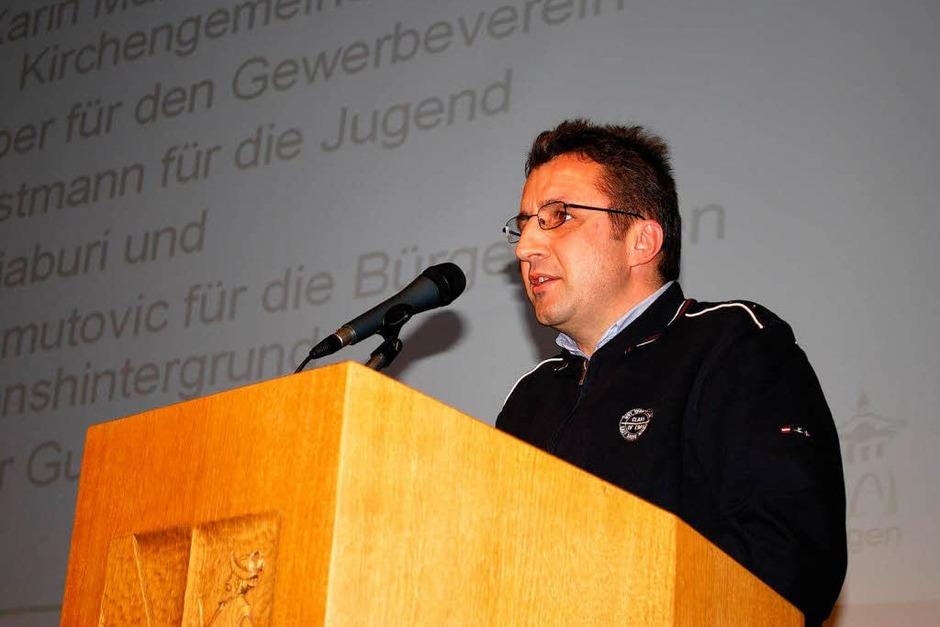 Tahir Shabani (Verein Sterne Kosovos) nutzte den Empfang zum Dank an Alfred Haas und den Oberbürgermeister (Foto: Sylvia-Karina Jahn)