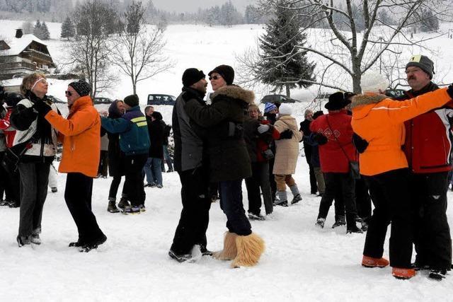 Video: Schneewalzer-Rekordversuch scheitert