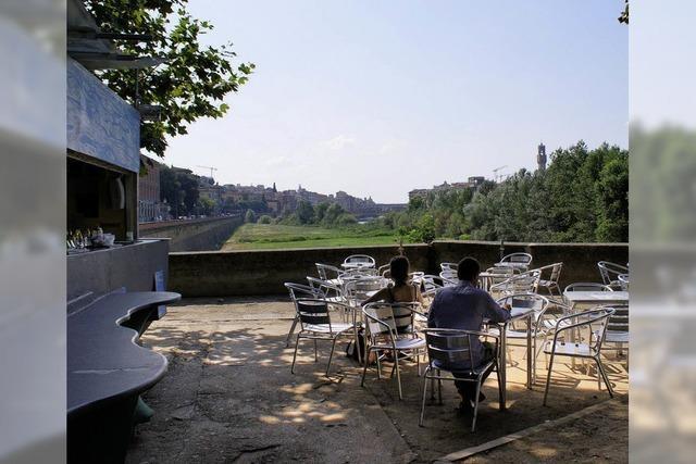 FLUCHTPUNKT: Florentiner Freiluftcafé