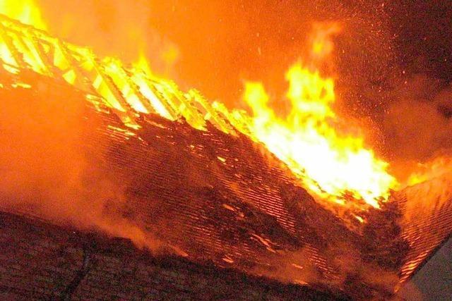 Kaputte Stromleitung löste Feuer in Weingut aus