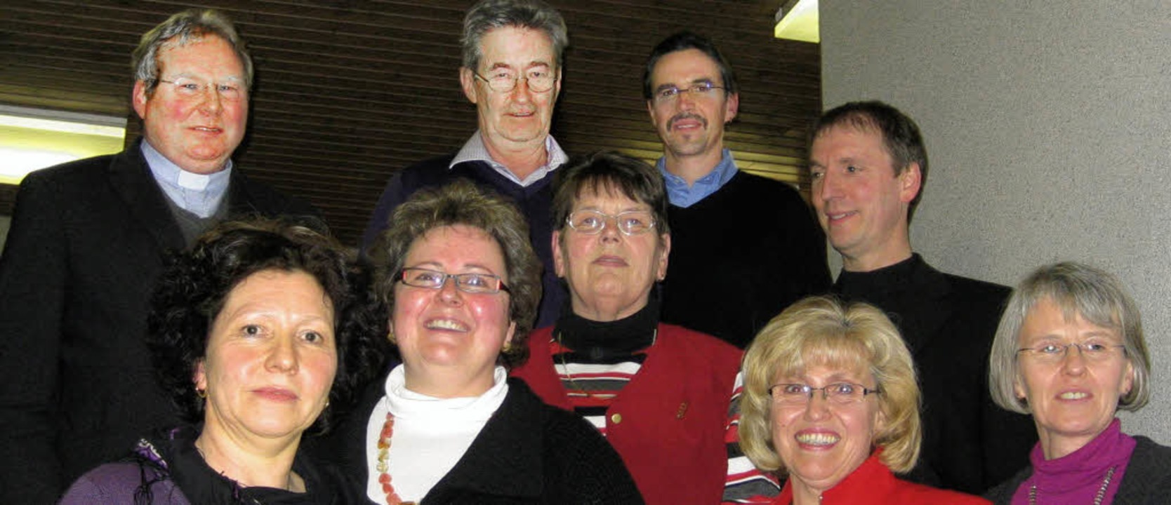 Der Vorstand des Chores mit seinen neu gewählten Mitgliedern  | Foto: Marcus Seuser