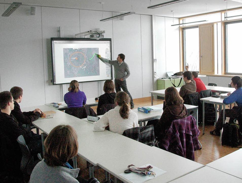 Die neuen Räume des  Faust-Gymnasium e...haben das schwere Mobiliar abgelöst.    | Foto: Markus Donner