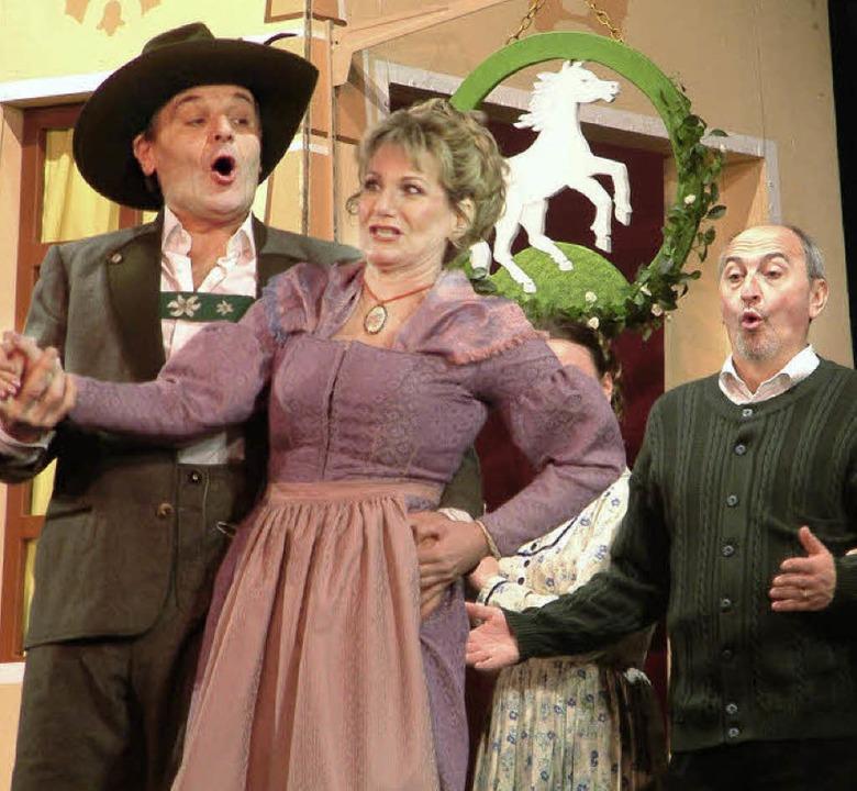 Mit viel Humor, Herz und Gemüt ging di...ühne im ausverkauften Gloria-Theater.   | Foto: roswitha frey