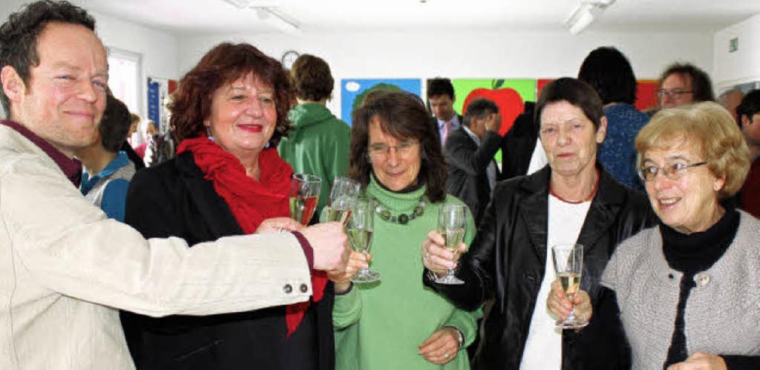 Auf ein gutes 2010: Die Kreisvorstände...bands Dreisamtal Hannelore Schult an      Foto: Schmidt