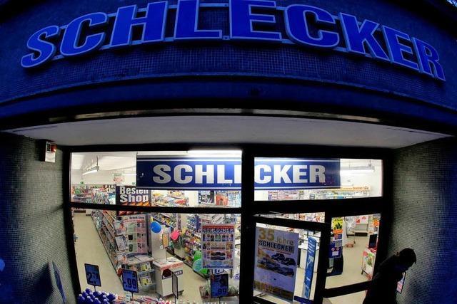 Schlecker will 500 kleine Filialen schließen