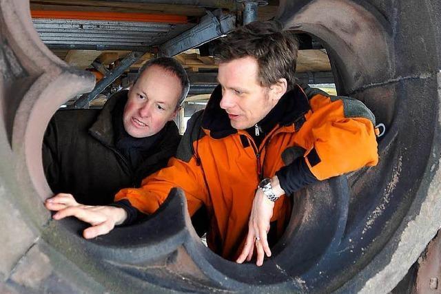 Experten untersuchen Risse am Münsterturm