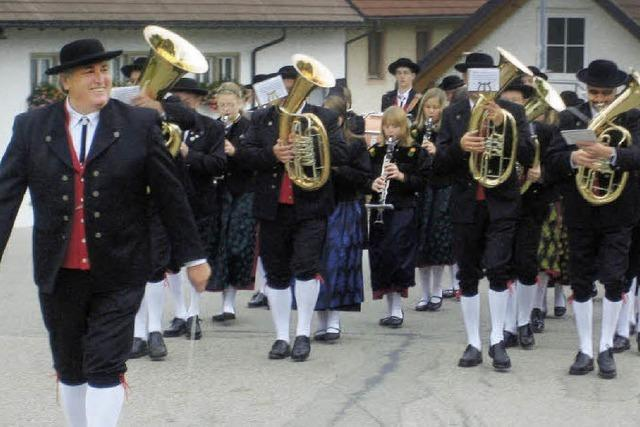 Trachtenkapelle Häg-Ehrsberg hat Steubenparade auf dem Plan