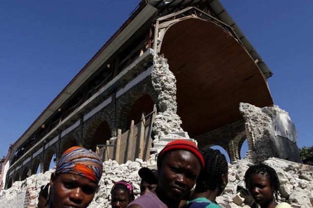 Haiti gibt Überlebenden-Suche auf – mehr als 111000 Tote
