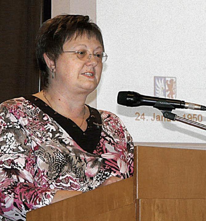 Die Vorsitzende der Wylerter Landfraue...hneble,  heißt 300 Gäste  willkommen.   | Foto: Beschorner