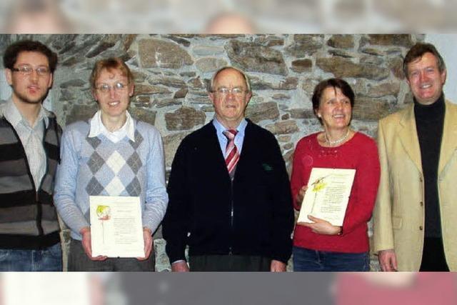 Pfarrer Auer lobt Chor St. Martin für