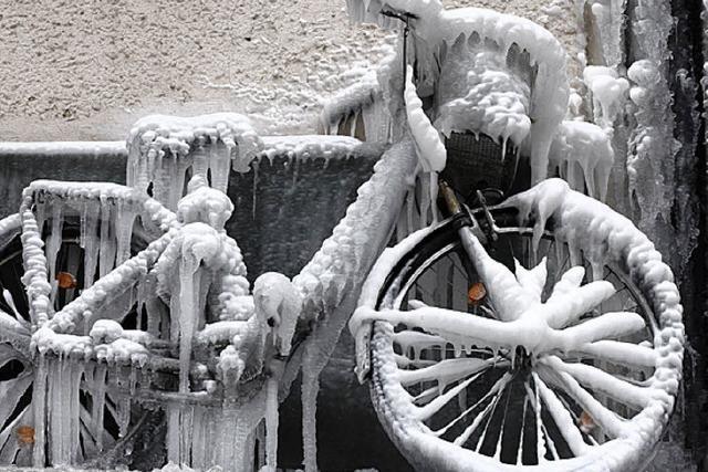Unfälle, abstürzende Eisplatten – und schulfrei