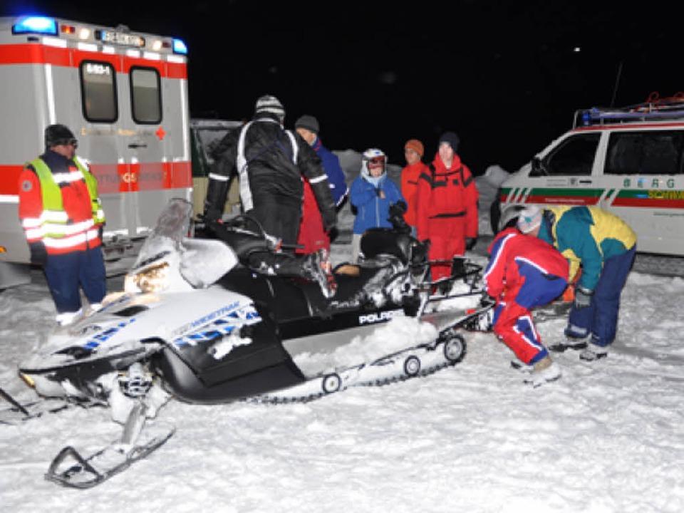 Rettung zweier Lawinenopfer in Feldberg  | Foto: Martin Ganz