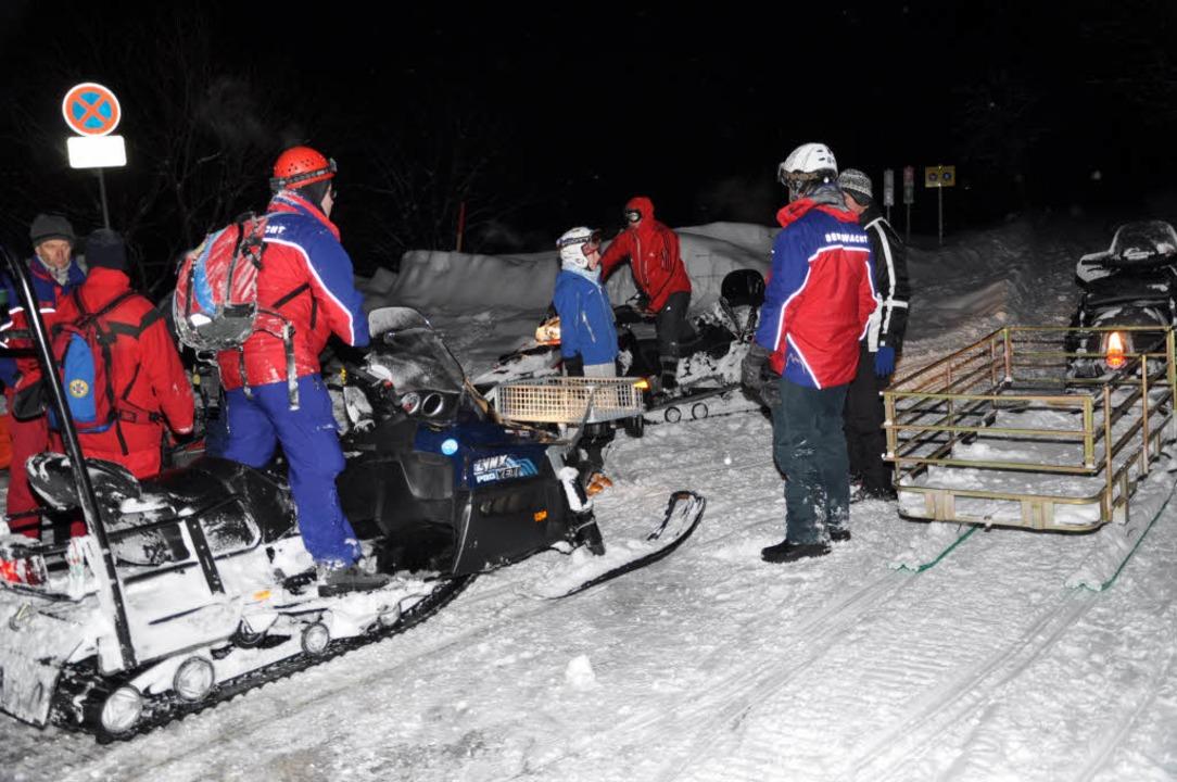 Eine Lawine am Feldberg hat zwei Winte...roßeinsatz der Rettungskräfte gesorgt.  | Foto: dpa
