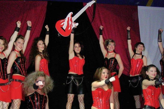 Närrischer Zirkus im großen Zelt