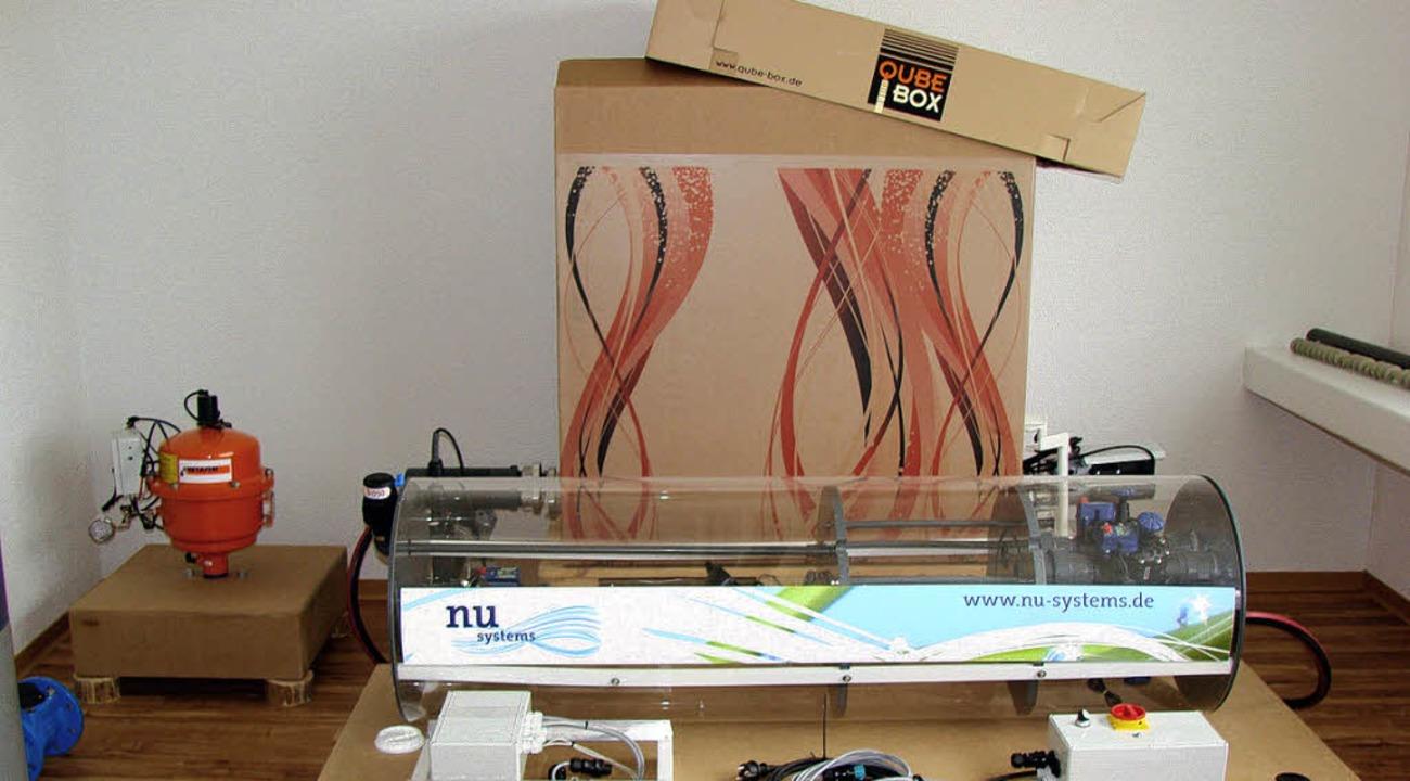 Die Qube-Box und eine Drehkolben-Turbi...ion für die Bewässerung und Düngung.    | Foto: Steinbeis