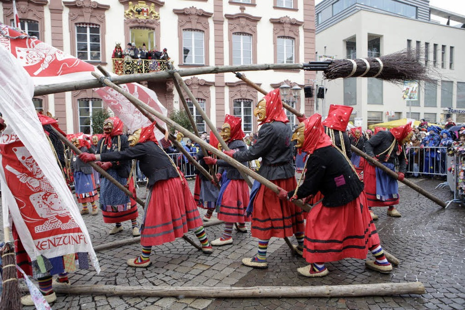 Der Narrentag  in Offenburg (Foto: Christoph Breithaupt)