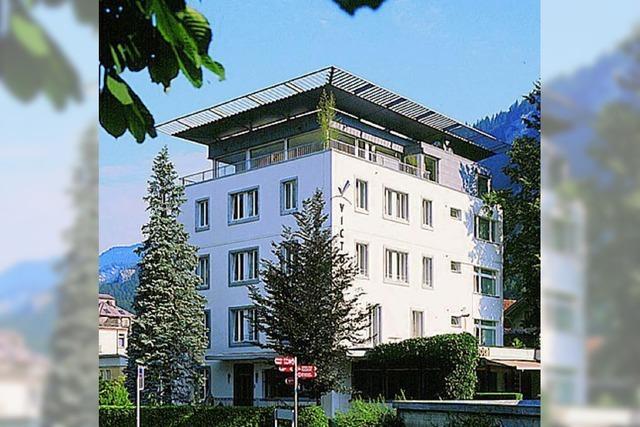 HOTEL VICTORIA (MEIRINGEN, SCHWEIZ)