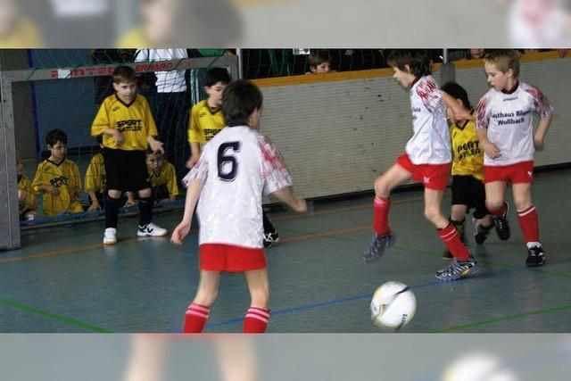 Sogar hinter Blumberg gibt's Indoor-Soccer-Fans