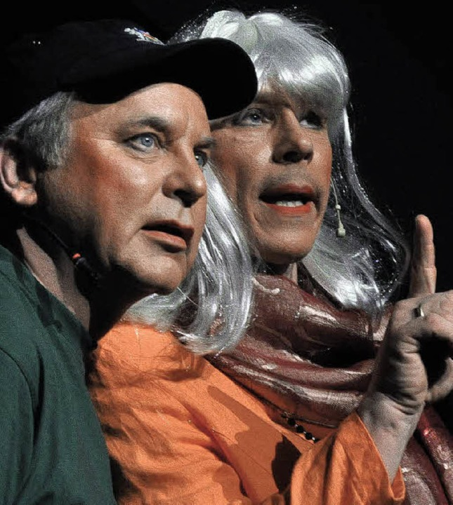 Hansi und die Oberbürgermeisterin: Den... (links), die    OB  ist Stephan Vogt.  | Foto: Barbara Ruda