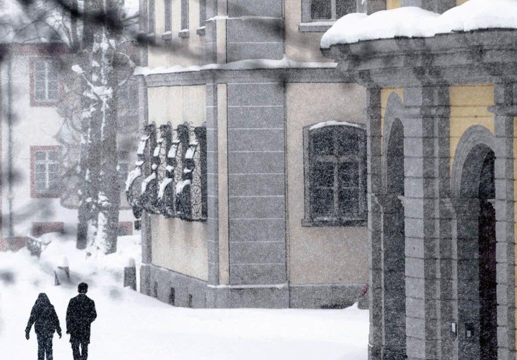 Der Schnee verdeckt derzeit viel in St...h am Kolleg soll  aufgeklärt werden.    | Foto: DDP