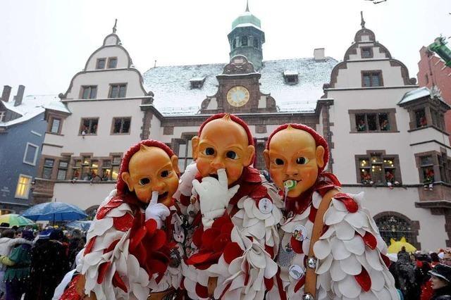 Fotos: Freiburger Narren stürmen das Rathaus