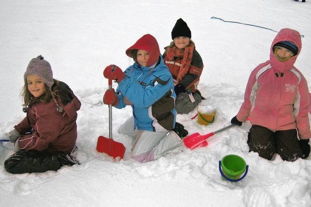 Schüler und Lehrer drei Tage im Schnee