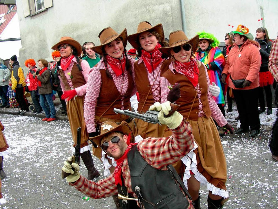 Fasnetsjünger im Western-Outfit    Foto: Mario Schöneberg