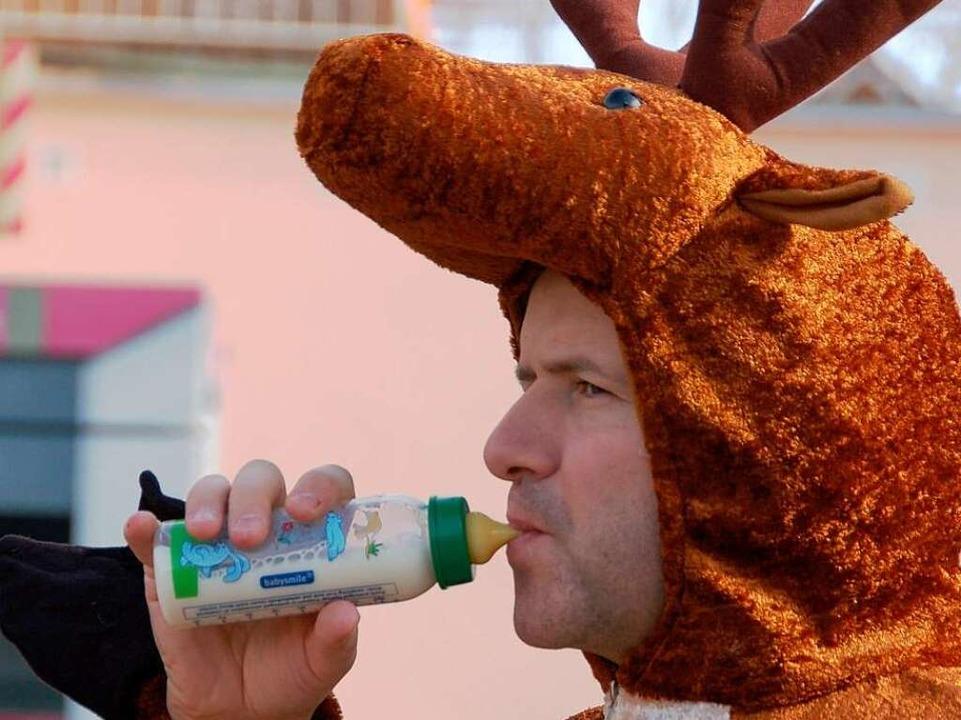 Ob der Elch nur Schoppen trinkt?
