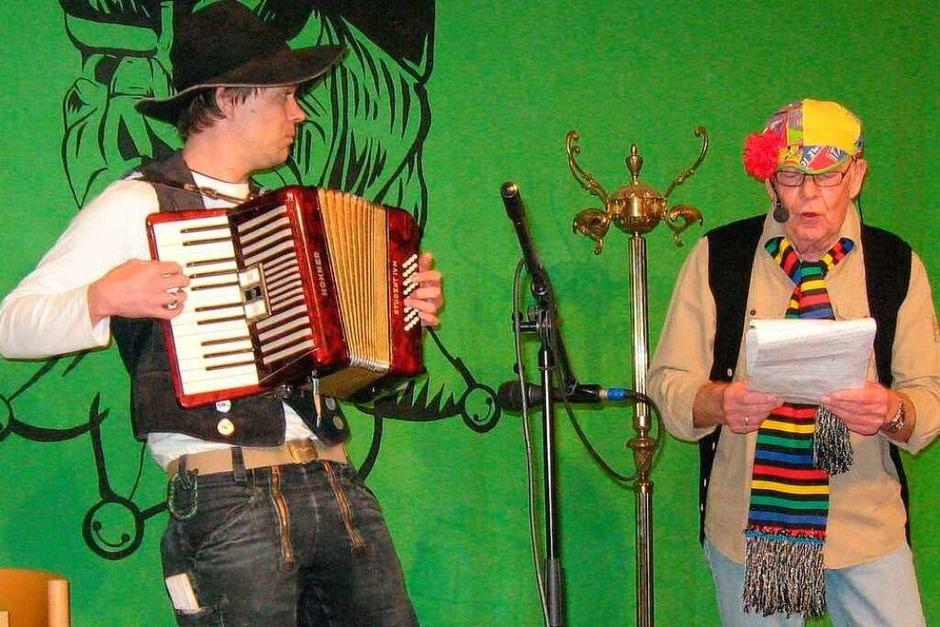 Elfimessdarbietung in Gutach: Toller Auftritt von Markus Hug (links) und Hubert Rombach in der Gutacher Turnhalle (Foto: Günter Bank)