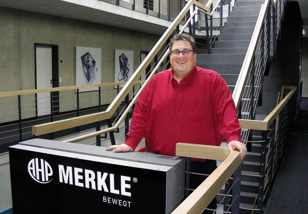 Fühlt sich wohl im neuen Firmenbau in ... Christen Merkle, Chef von AHP Merkle.  | Foto: mario schöneberg