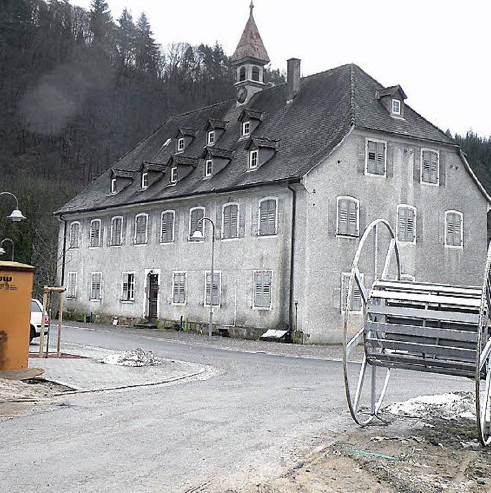Das alte Herrenhaus in Hausen. An dies...oll eine Infotafel aufgestellt werden.  | Foto: Wolfgang Roth