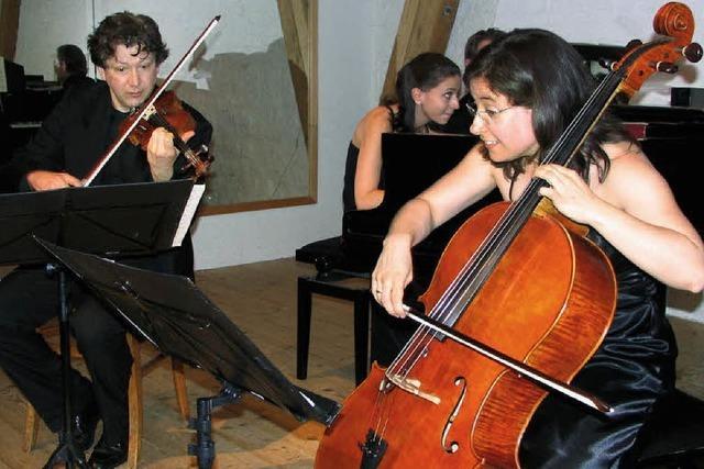 Perlende Klavierklänge und zarte Geigenstriche