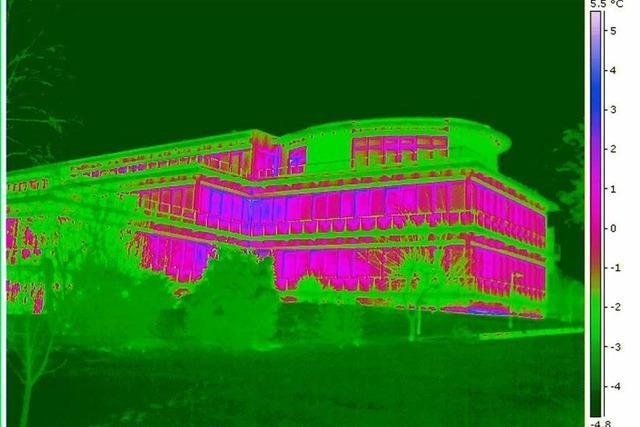 Heizen für draußen: Mit der Wärmebildkamera durch Freiburg