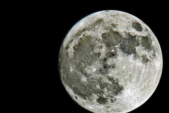 Radargerät entdeckt mehr Wasser auf dem Mond