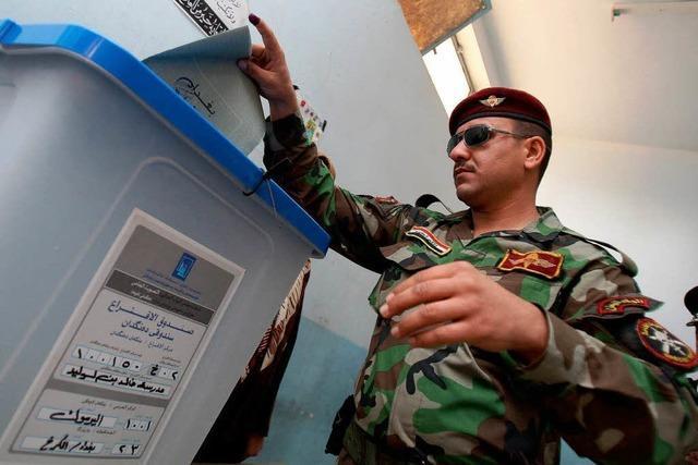 Wahl im Irak: Gewalt, Machtkämpfe und Mogeleien