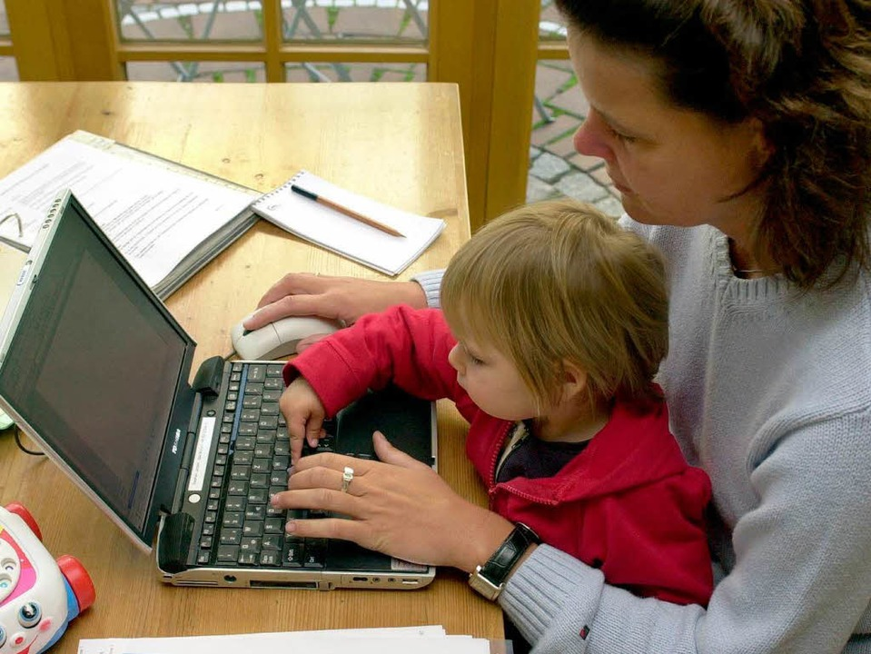 Wie vereinbar sind heutzutage  Karriere und Kind?  | Foto: Stephan Jansen