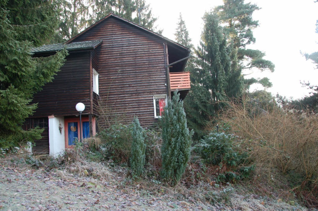 25 Jahre stand das Holzgebäude, das de...ter Oskar Schlemmer  gebaut hat, leer.  | Foto: sigrid umiger