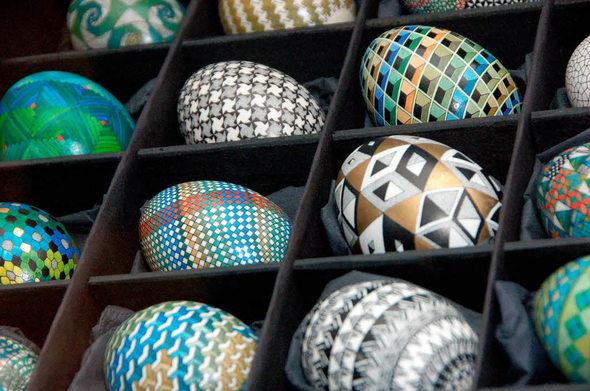 waldkirch ausstellung kunstvolle eier aus museumshaltung. Black Bedroom Furniture Sets. Home Design Ideas
