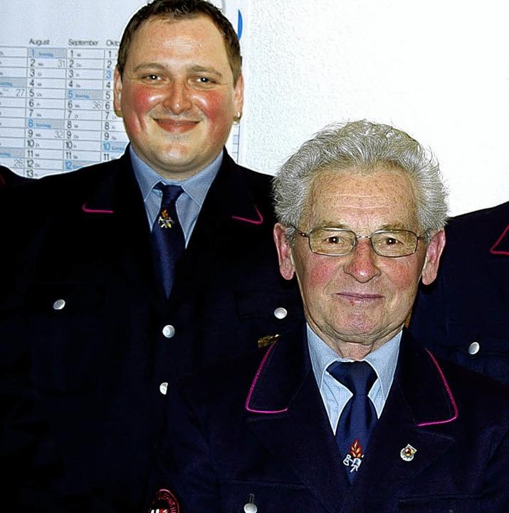 Daniel Kreuz (links)  ist neuer stellv...iler wurde für 50 Dienstjahre geehrt.     Foto: Ernst H. bilke