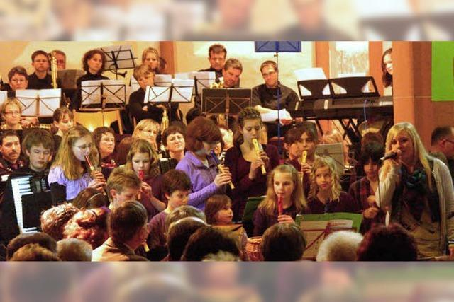 Klangfülle und Kniffliges in der Weisweiler Kirche