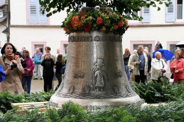 Zwei weitere neue Glocken für die evangelische Kirche