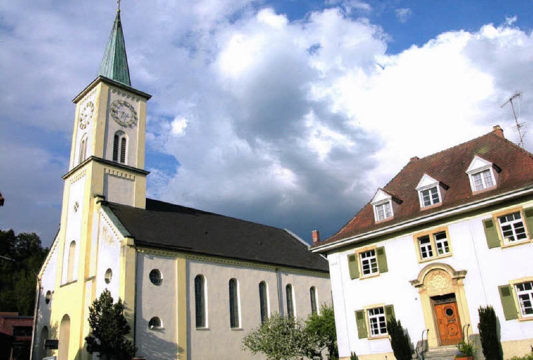 Die  Pfarrgemeinde St. Clemens und Urb...enende einen  neuen Pfarrgemeinderat.   | Foto: B. Birlin