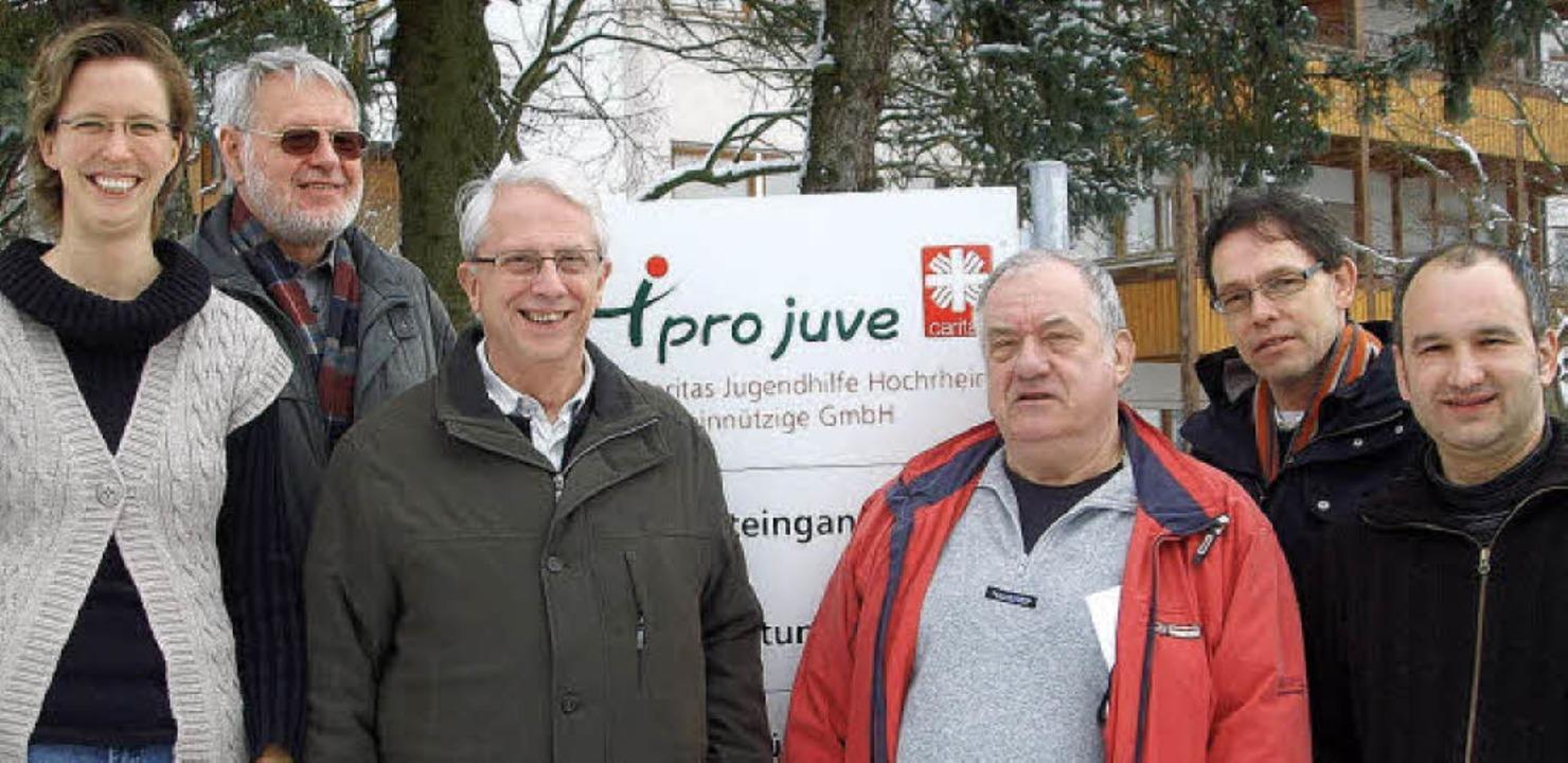 Auf gute Zusammenarbeit freuen sich Is...äubler, Agendabeauftragter der Stadt.   | Foto: christin keller