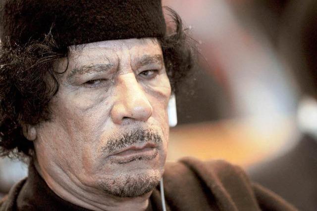 Gaddafi nahm 50 Ausländer als Geiseln
